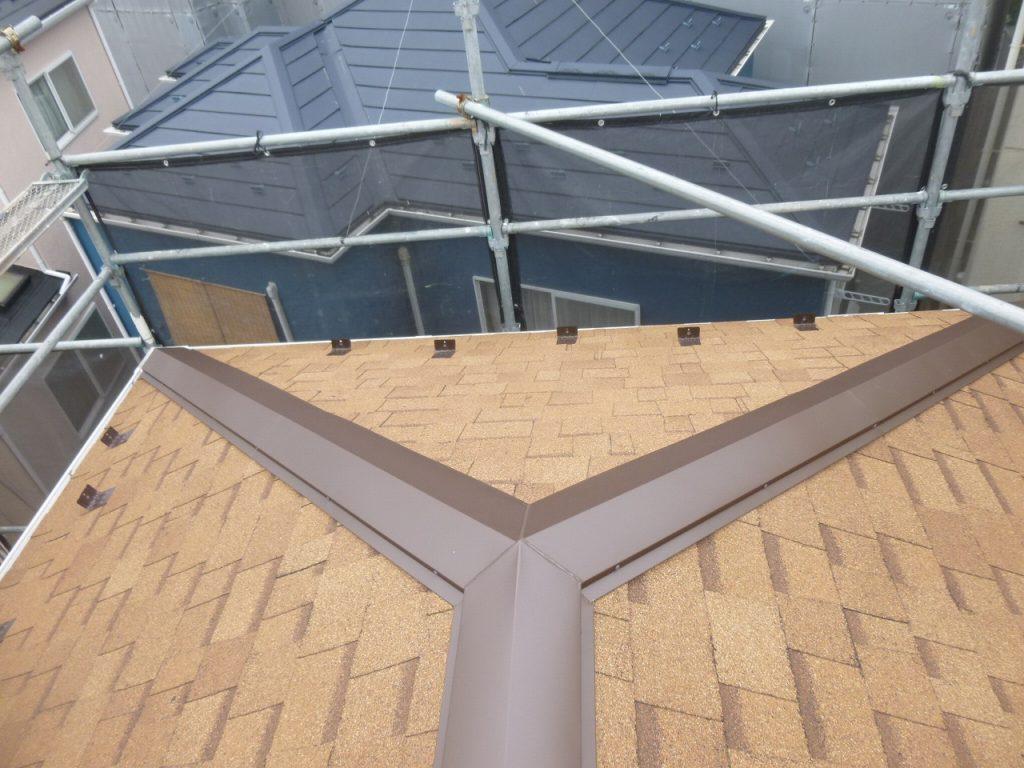 屋根葺き替え工事もお任せください。