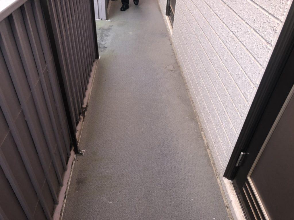 アパート階段の防水シート交換の現調です
