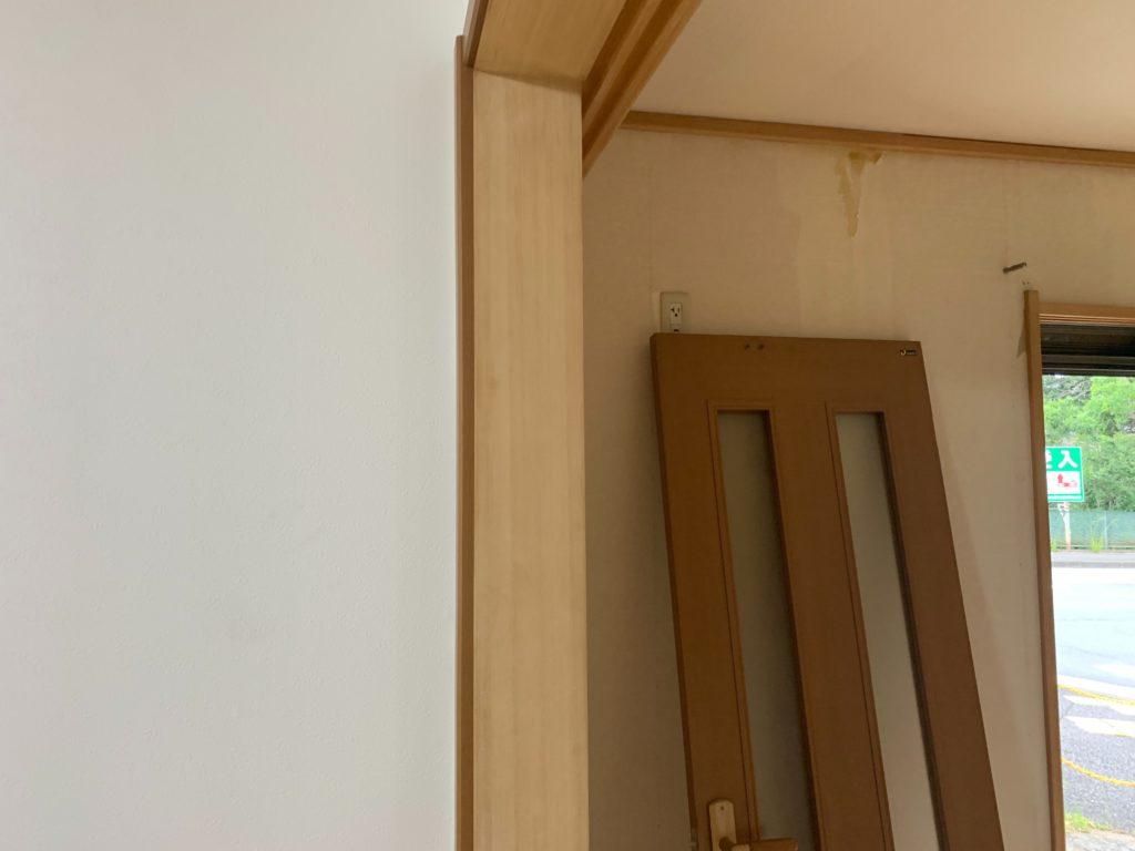 和室の柱アク洗い